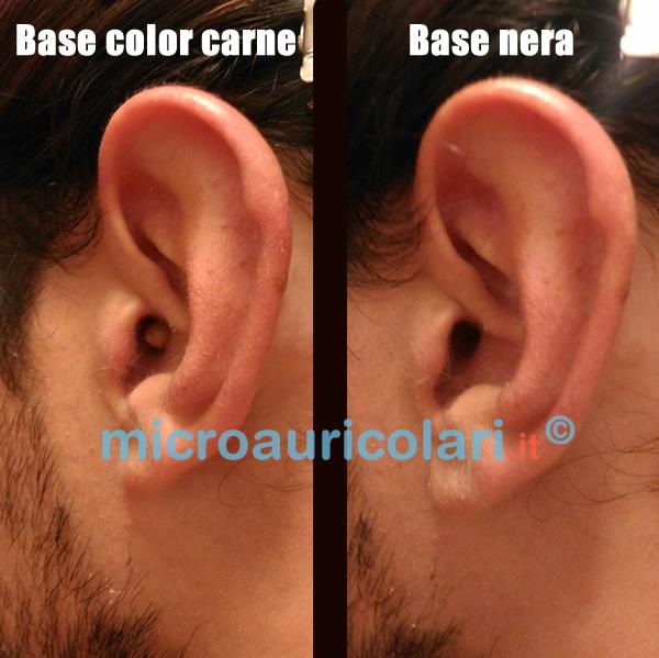 Micro auricolare color carne nell'orecchio